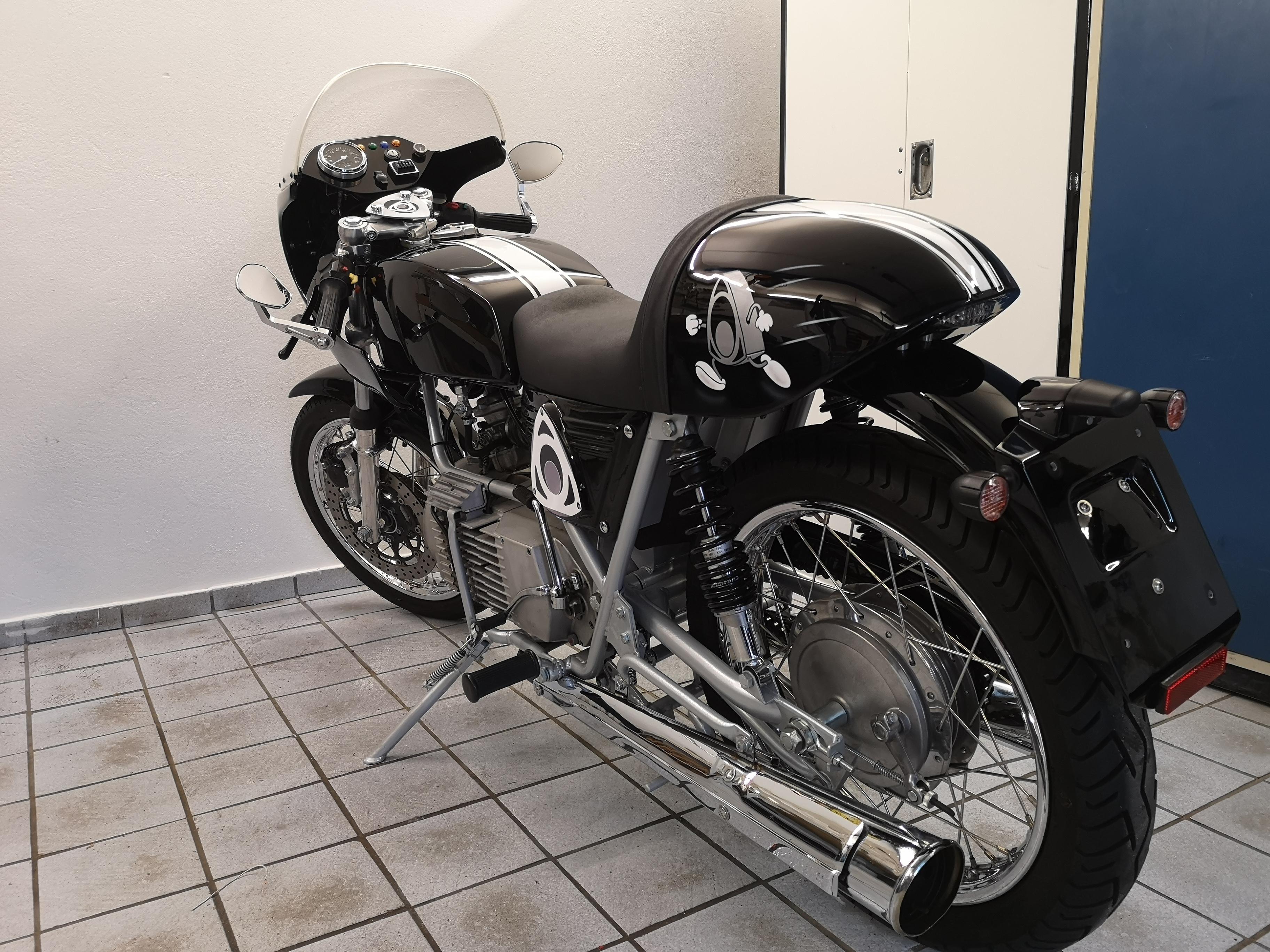 HERKULES W 2000 CAFE RACER